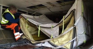 Anti-Bomb_Fly-Bag_Help_Prevent_Terrorist_Acts_Board_Airliners