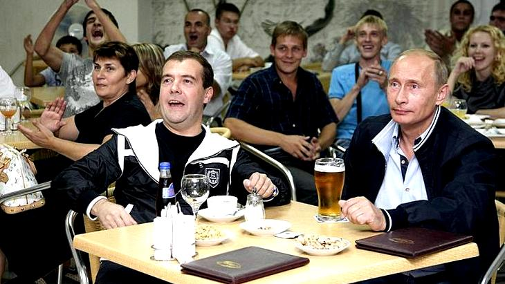 Football_Fans_Get_Rights_Buy_Drink_Beear_During_Matches_Russia
