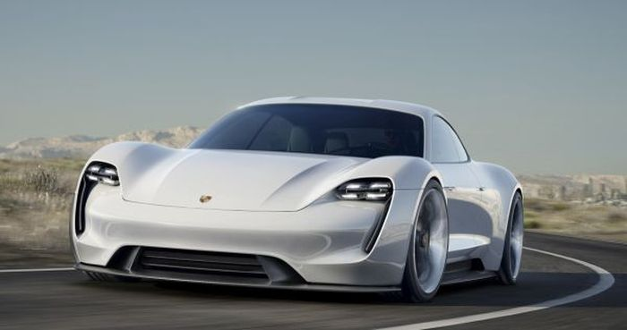 Porsche_Develops_Tesla_Model_S_Competitor_Mission_E