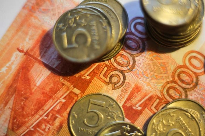 Experts_Spring_Bring_Russian_Ruble_Time_Strenghten