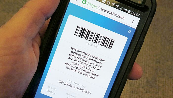 Smartphones_Replace_Paper_Tickets_Airlines_Russia