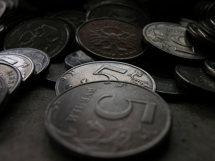 Weak_Ruble_Moves_Russian_Economy_Forward_Government_Says