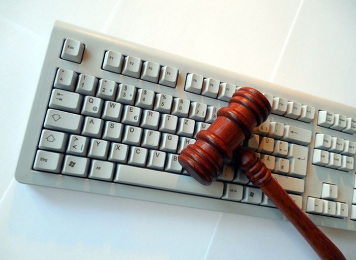Microsoft_Sued_US_Government_Trying_Protect_Electronic_Mail_Owners