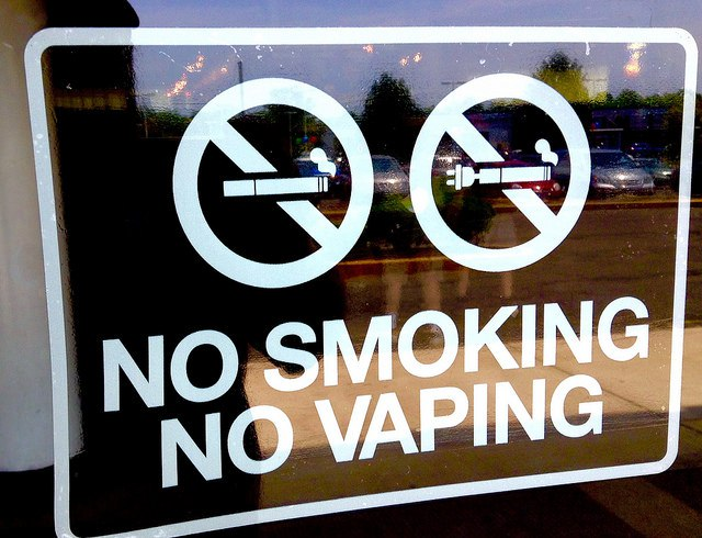 Russia_Starts_Fight_Against_Smoking_Imitation_Ban_E-Cigarettes_Sale_Minors_Project_Law_Says