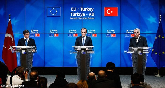 Turkey_Accused_Brussels_Disrupting_Obligations_Refugees