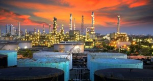 Russian_Companies_Reduce_Oil_Refining_10_Percent_Grow_Gasoline_Prices_Russia