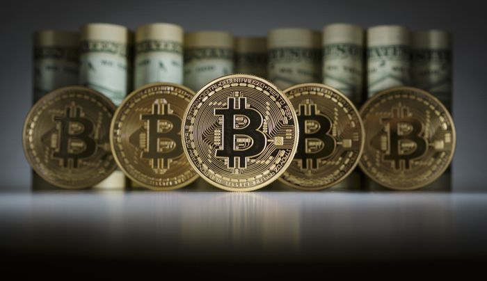 Cryptocurrency_Bitcoin_Hit_British_Pound_Growing_Stability_Rate