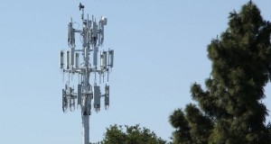 Cell_Towers_Mobile_Operators_Defend_Russian_Sky_Rockets_Enemy_PLanes