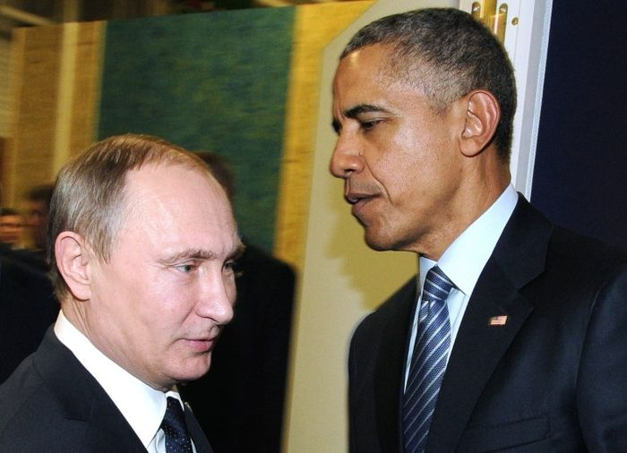 Obama_Watns_Leave_Silence_No_Confrontation_Russia_Rise
