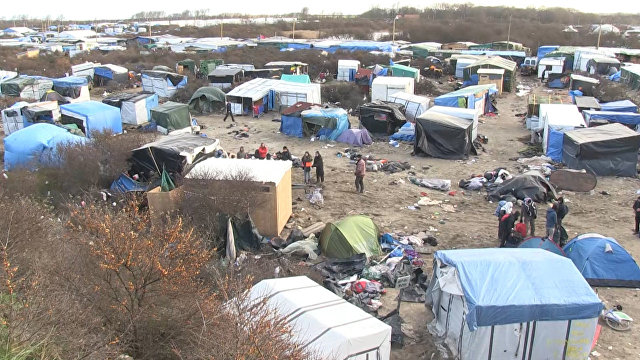 In_the_French_Calais_is_increasing_tension_before_the_demolition_of_the_refugee_camp