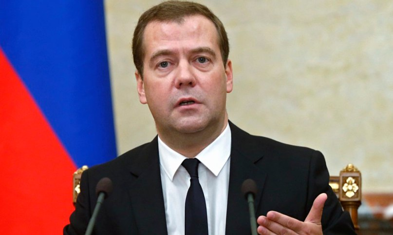 Medvedev_reassured_Russians_an_increase_in_wages