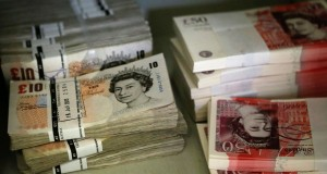 The_British_pound_fell_to_a_31-year_low