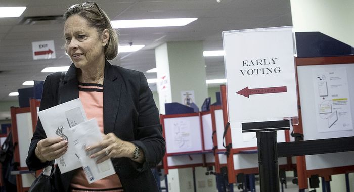 Hillary_Clinton_Takes_Win_Disputed_States_Early_Voting_Mechanism