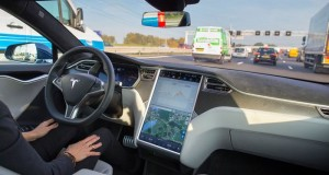 Tesla_Motors_Electric_Cars_Become_Functionally_Self-Driving_Integrated_Sensors
