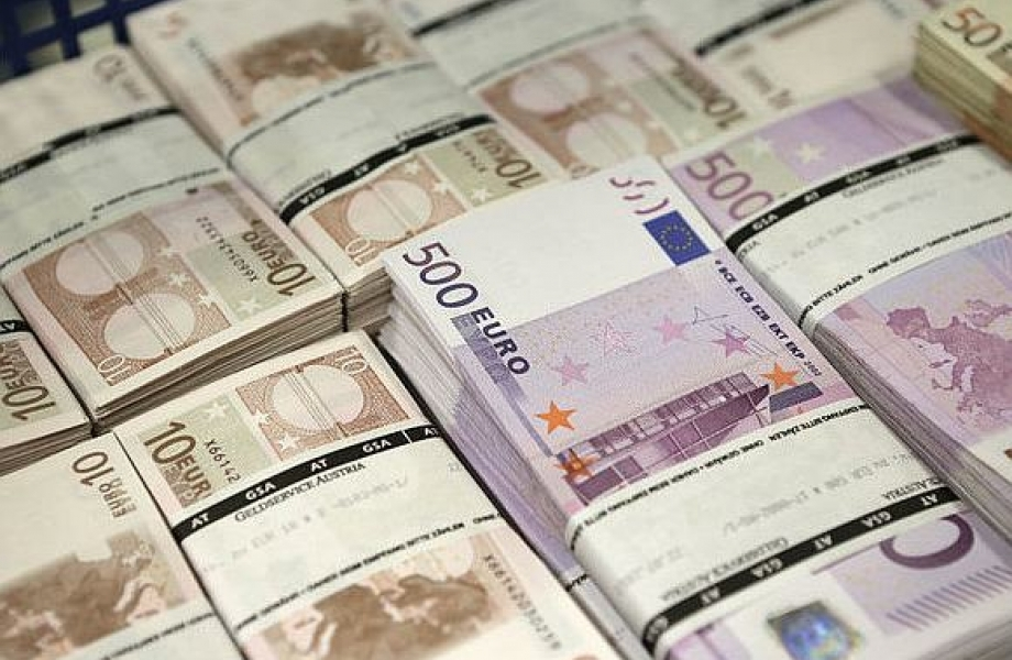 Traders_appreciated_the_possibility_of_unlimited_ECB_printing_euros