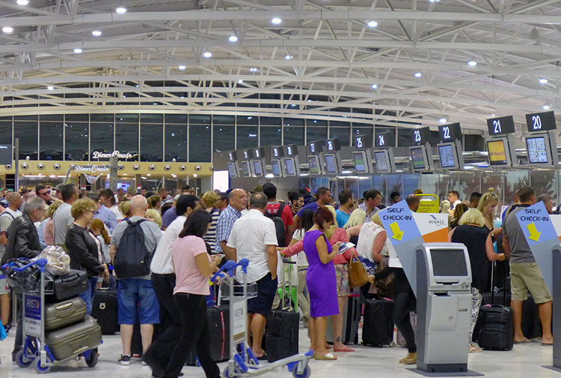 The_doctors_are_leaving_EN_masse_to_Greece_to_work_in_other_countries