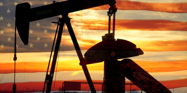 """""""Thank_you,_OPEC!"""":_The_United_States_sharply_increased_its_exports_of_gasoline_and_the_production_of_shale_oil"""