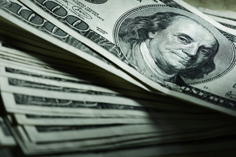 The_US_dollar_has_risen_in_many_countries,_but_not_in_Russia