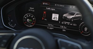 Audi_Integrated_Cars_Reading_Traffic_Lights_Sygnal_System