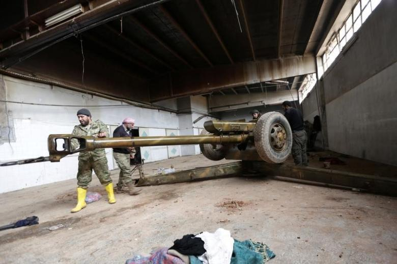 In_Russia,_the_U.S._decision_on_the_improvement_of_weapons_to_the_Syrian_rebels_called_a_hostile_act