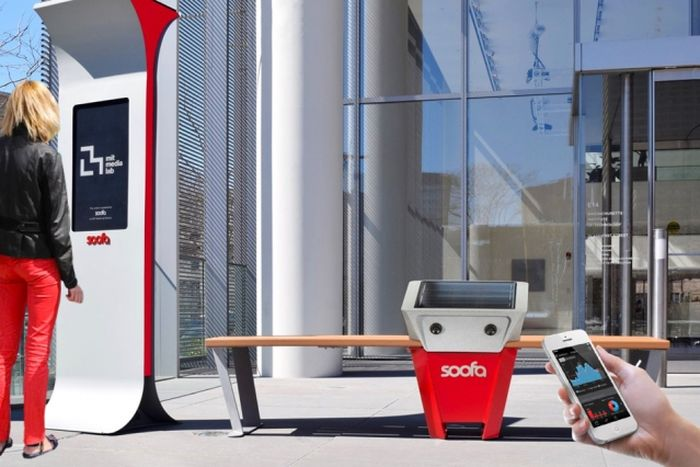 Smart_Solar-Powered_Benches_Soofa_Became_Drive_Smart-City_Environment_Building_West