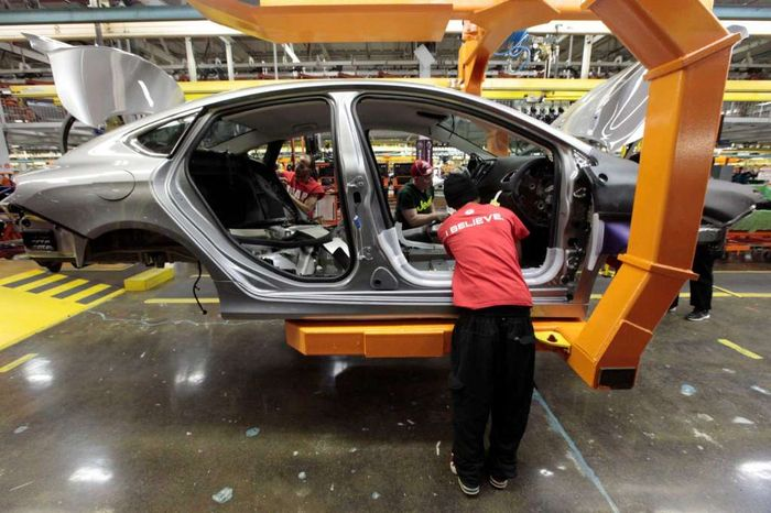 World_Car_Makers_Reform_Businesses_Move_Production_Lines_Inside_US_Territory