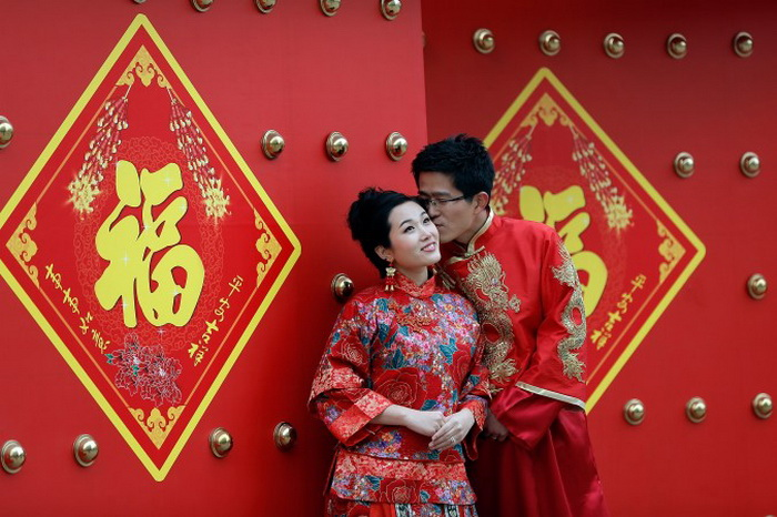 In_China,_authorities_are_concerned_about_wasteful_wedding_ceremonies