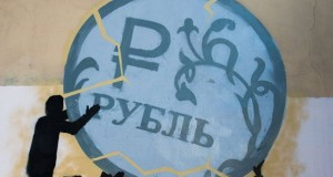 Finance_Experts_Refute_Statements_Economy_Crysis_Risk_Russia_Under_Growing_Ruble_Course