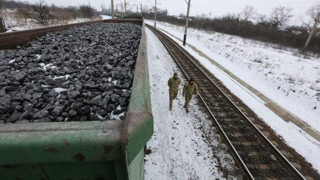 Blockade_of_Donbass_puts_an_end_to_the_Ukrainian_economy