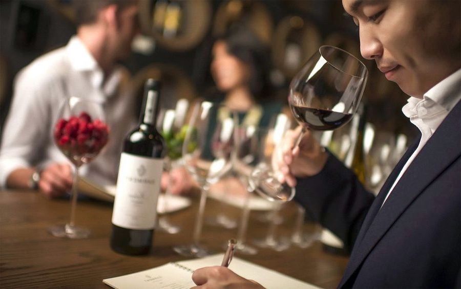 China_dramatically_increased_its_purchases_of_wine_from_abroad