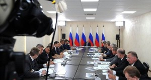 Effective_State_Officials_Russia_Be_Rewarded_Maintaining_Budget_Money