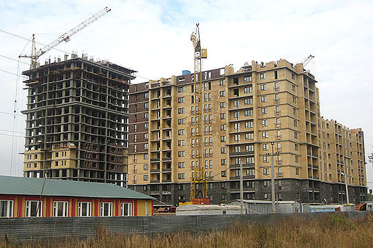 """""""People_take_50 - 100_thousand_rubles_on_unnecessary_things,_although_might_have_to_buy_an_apartment"""""""