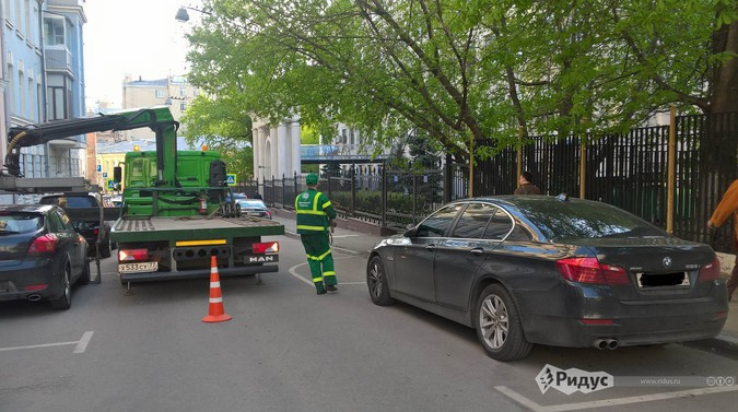 How_to_prevent_the_evacuation_of_the_car_left_without_rooms