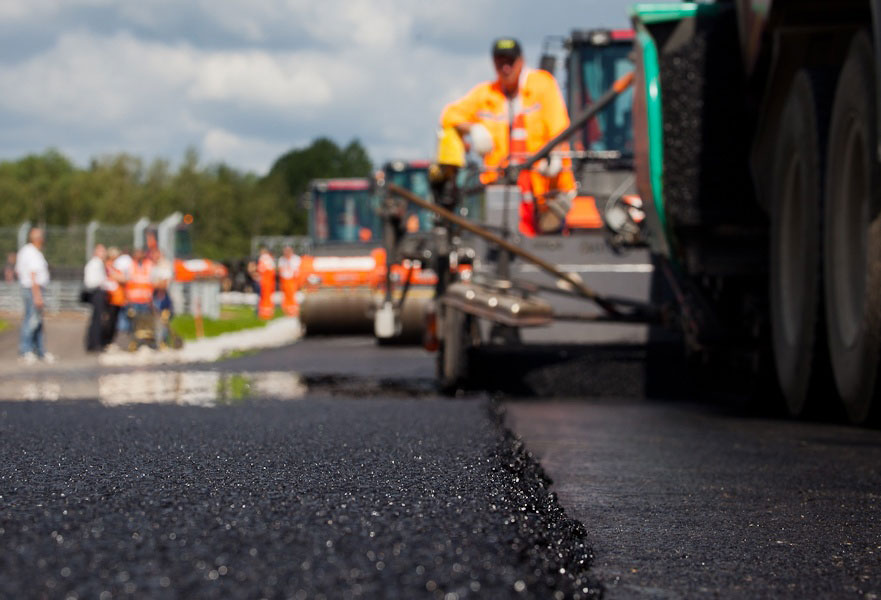 Smolny_pitched_5_billion_to_repair_roads