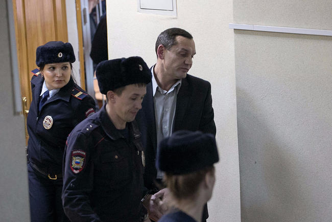 In_Yekaterinburg_Deputy_head_of_the_colony_planted_for_the_organization_of_the_abuse_of_prisoners