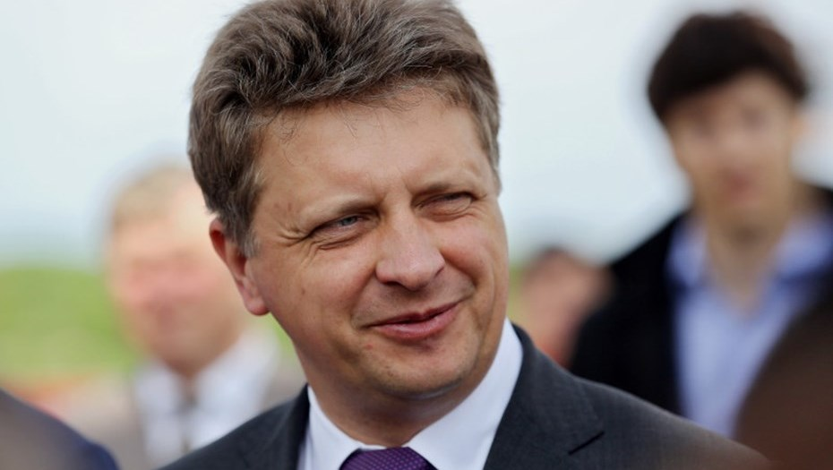Volgograd_officials_staged_a_show_for_the_arrival_of_the_Minister_of_transport