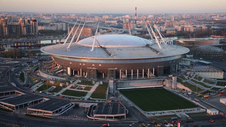 The_investigation_was_interested_in_the_roof_of_the_St._Petersburg_stadium