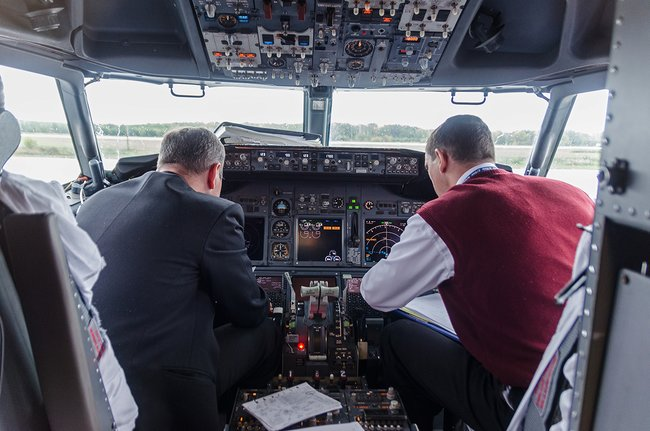 The_state_monopolized_the_training_of_pilots_for_airlines