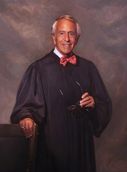 The_judge_is_a_legend_and_the_best_lawyer_in_USA