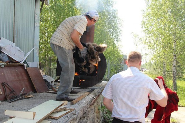 The_burning_of_fur_coats_in_Tomsk_was_perceived_as_a_mockery_of_the_poor