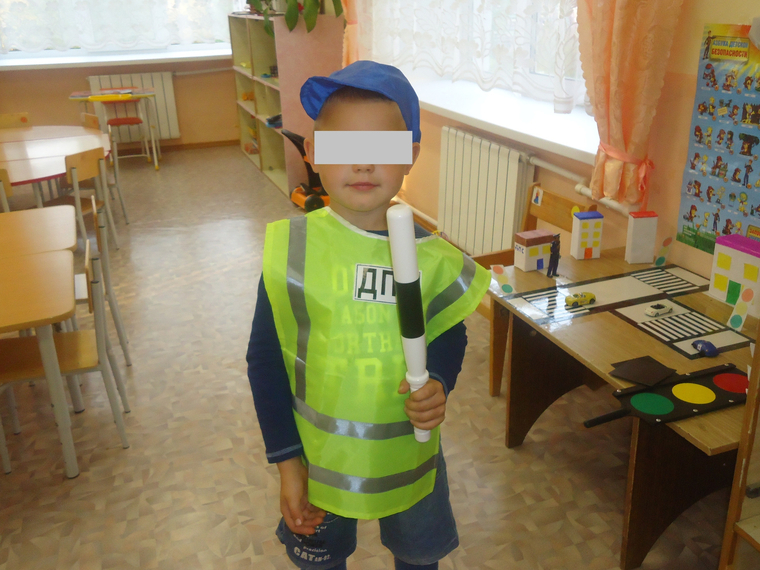 As_in_the_Urals,_the_son_of_a_teacher_with_friends_raped_5-year-old_girls
