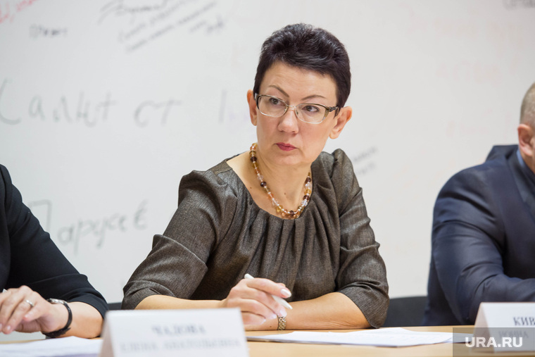 The_head_of_Sverdlovsk_Ministry_of_health_forgives_the_guilty_chief_physicians
