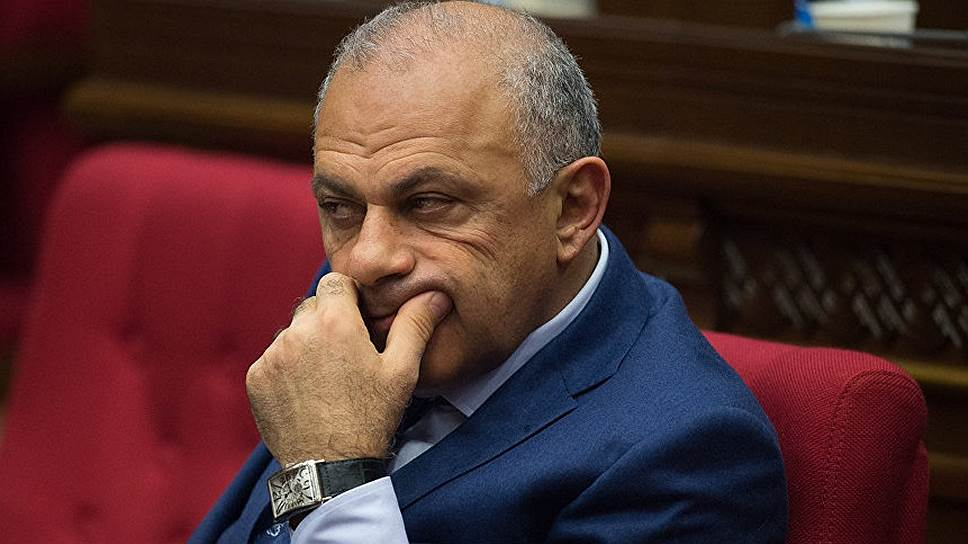 The_Armenian_authorities_have_resumed_the_investigation_of_the_crimes_of_his_predecessors