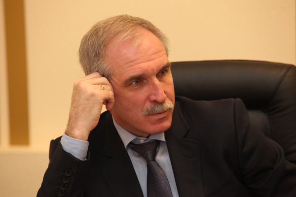SK_opened_a_case_because_of_the_photo_of_the_Governor_in_the_post_of_state_Duma_Deputy