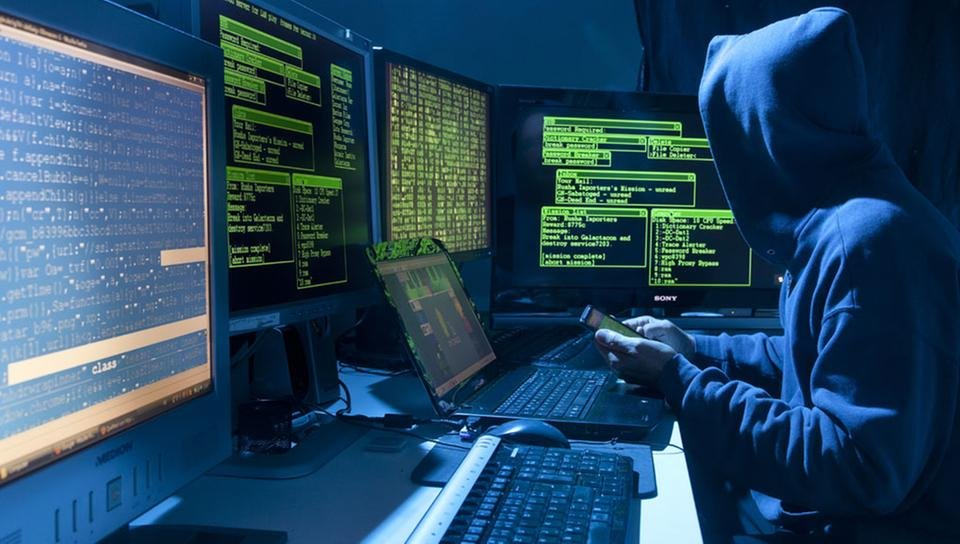 Hackers_on_the_payroll
