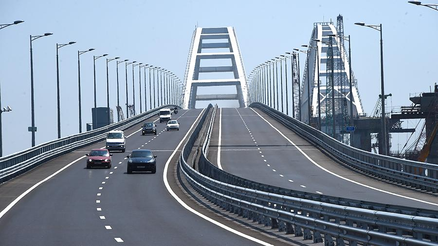 On_the_approaches_to_the_Crimean_bridge_will_spend_almost_90_billion_rubles.