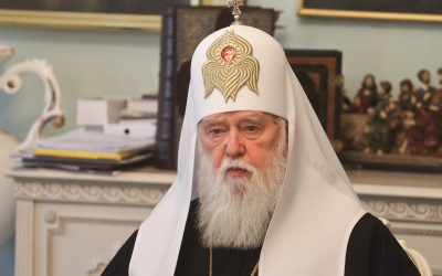 Double_split_how_Ukrainian_Patriarch_buries_Poroshenko's_Church