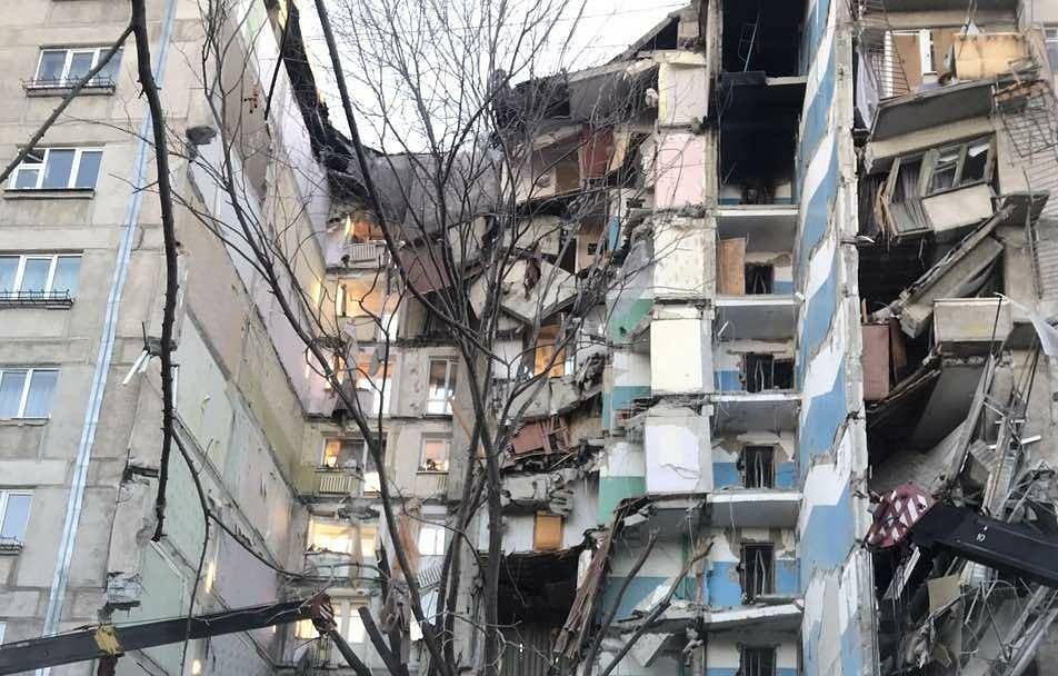 Inhabitants_of_the_house_blown_up_in_Magnitogorsk_are_compelled_to_return_to_old_apartments